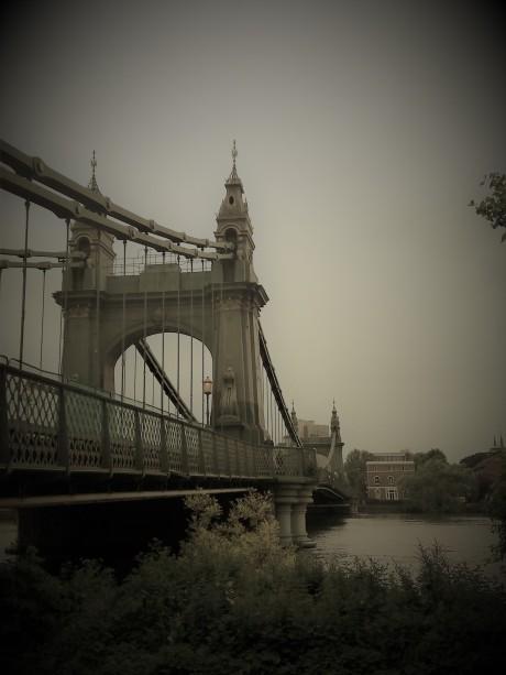 bridge hammersmith london